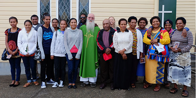 """PNG WYD pilgrims travel from """"remote communities"""" to thank generous donor"""
